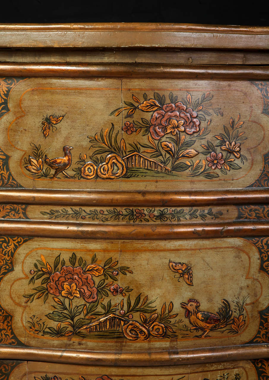 Pair of Small Italian Lacquered Commodes 19' century For Sale 4