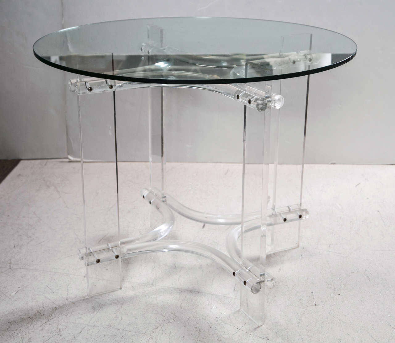 Lucite table base with round glass top at 1stdibs - Table base for round glass top ...