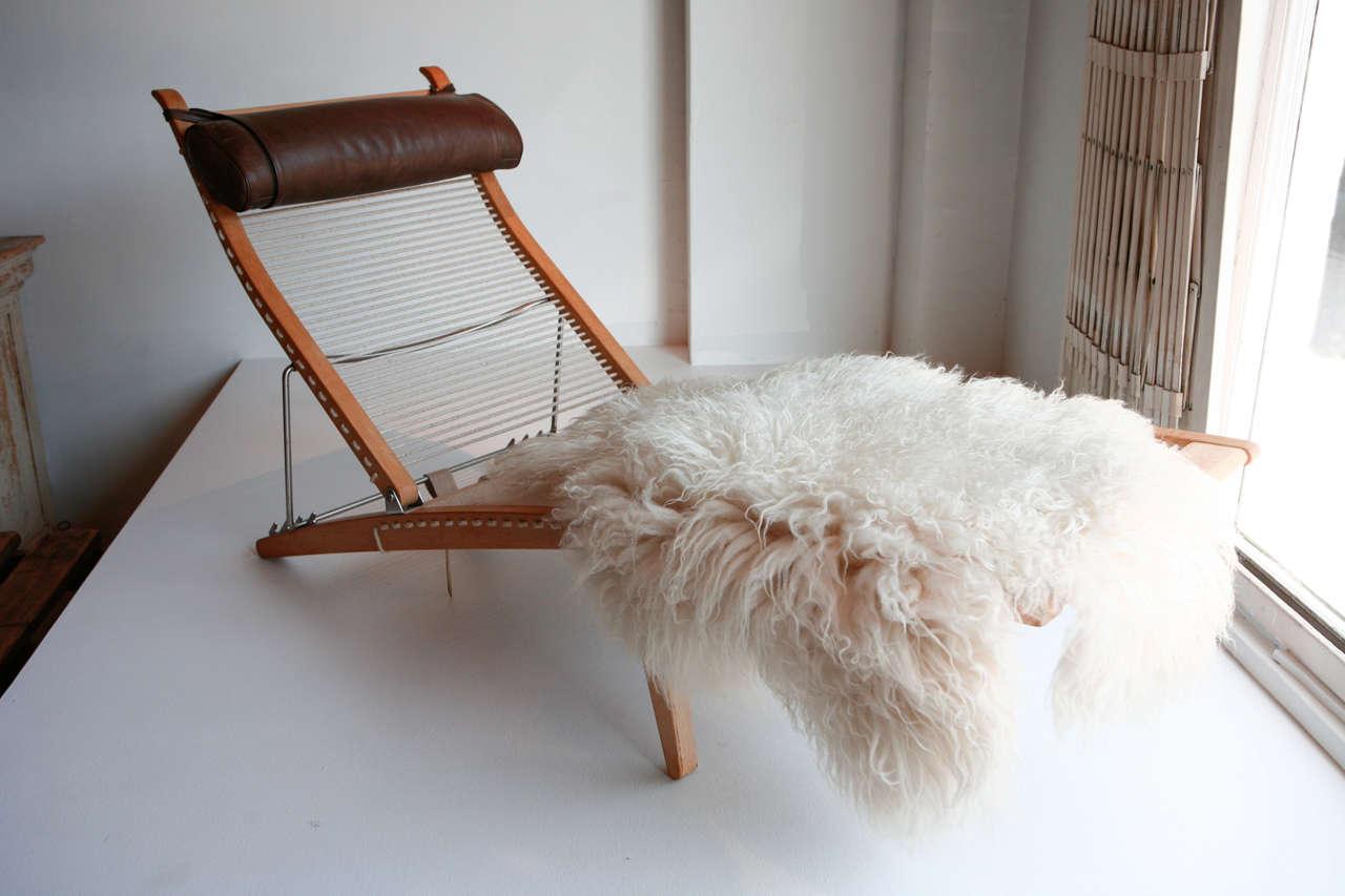 chaise by hans wegner denmark 1950 at 1stdibs. Black Bedroom Furniture Sets. Home Design Ideas