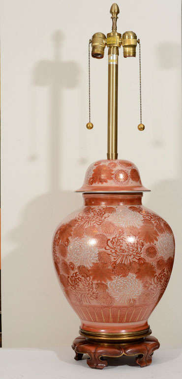 Marbro Cinnabar Chrysanthemum Porcelain Lamps In Excellent Condition For Sale In New York, NY