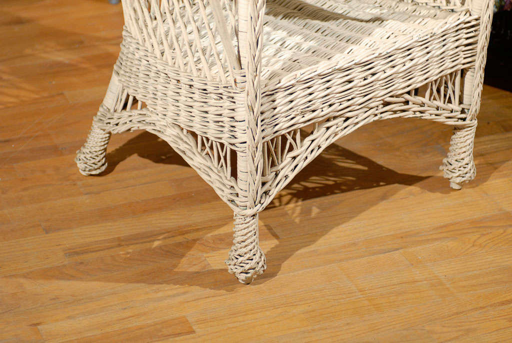 Bar Harbor Wicker Chair with Magazine Pocket 10