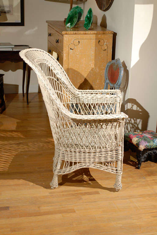 Bar Harbor Wicker Chair with Magazine Pocket 7