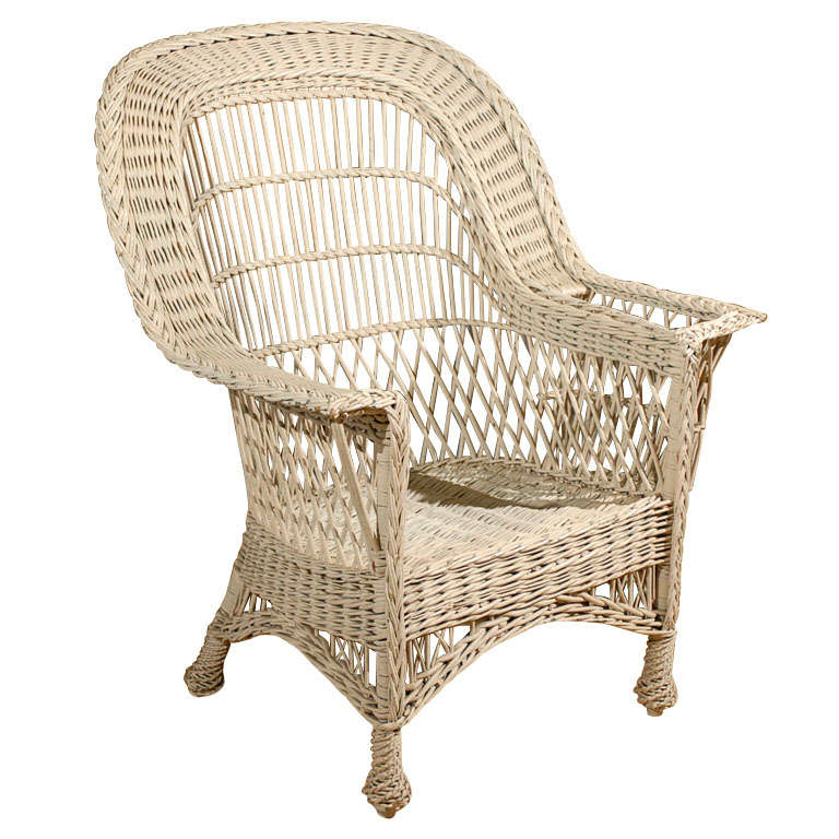 Bar Harbor Wicker Chair with Magazine Pocket 1