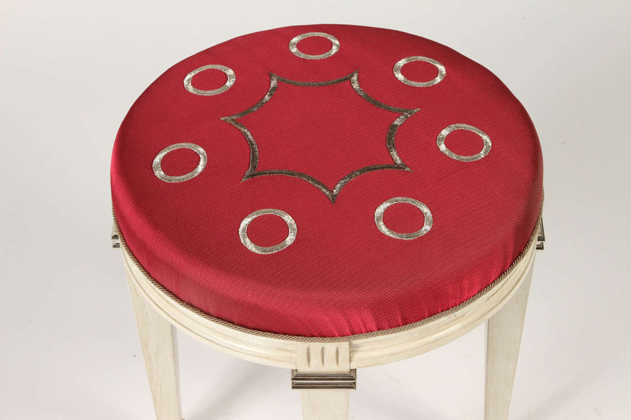 20th Century Pair of Neoclassical Round Cerused Oak Benches with Silk Embroidery For Sale