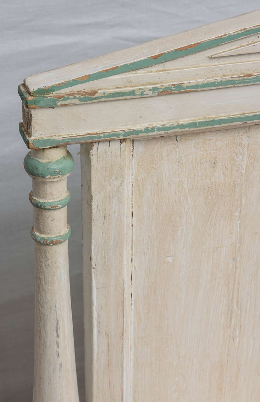 19th Century Gustavian Painted Daybed 7