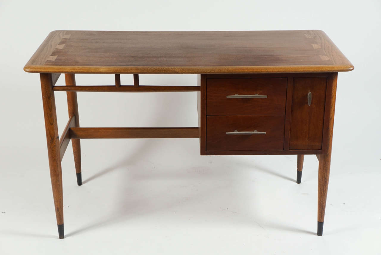 Amazing Studentu0027s Desk By Lane Furniture Company 3