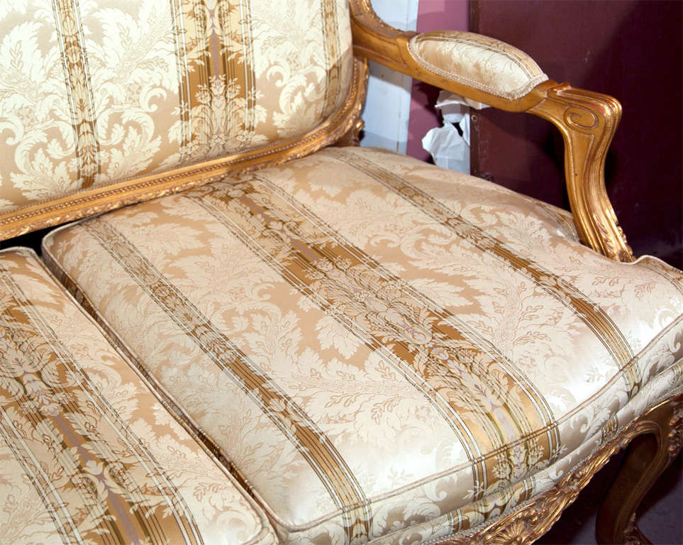 French rococo style canap at 1stdibs for Canape in french