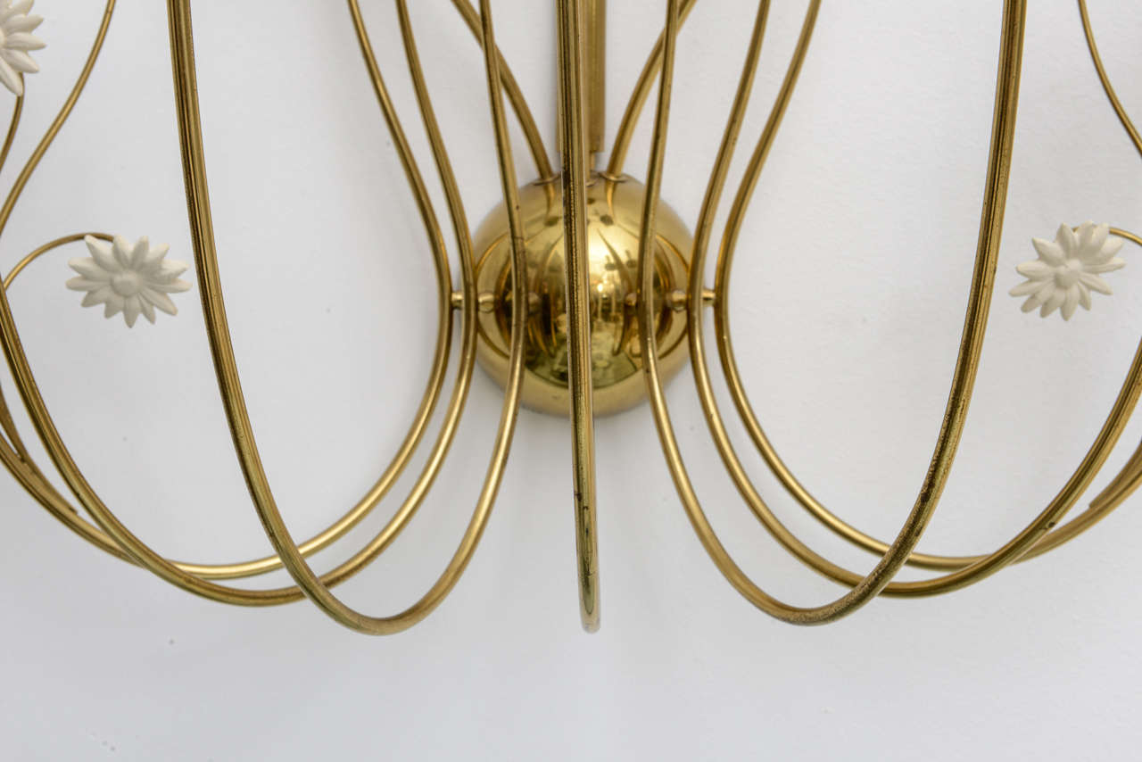 Large-Scale 50's Italian Brass Candle Sconce In Excellent Condition For Sale In North Miami, FL