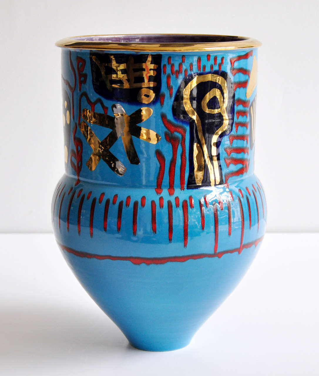 1980s Monumental Ceramic Vessel by Anna Silver For Sale 1