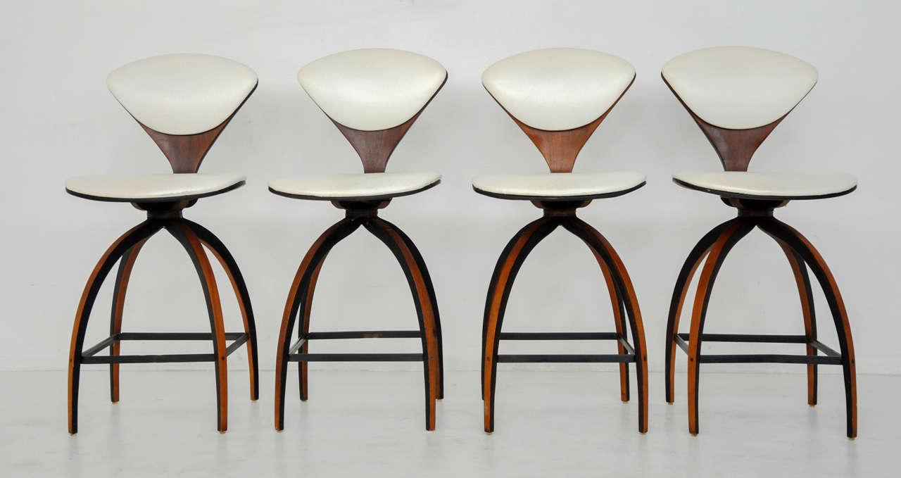 Design Cherner Counter Stool plycraft counter stools norman cherner at 1stdibs 2