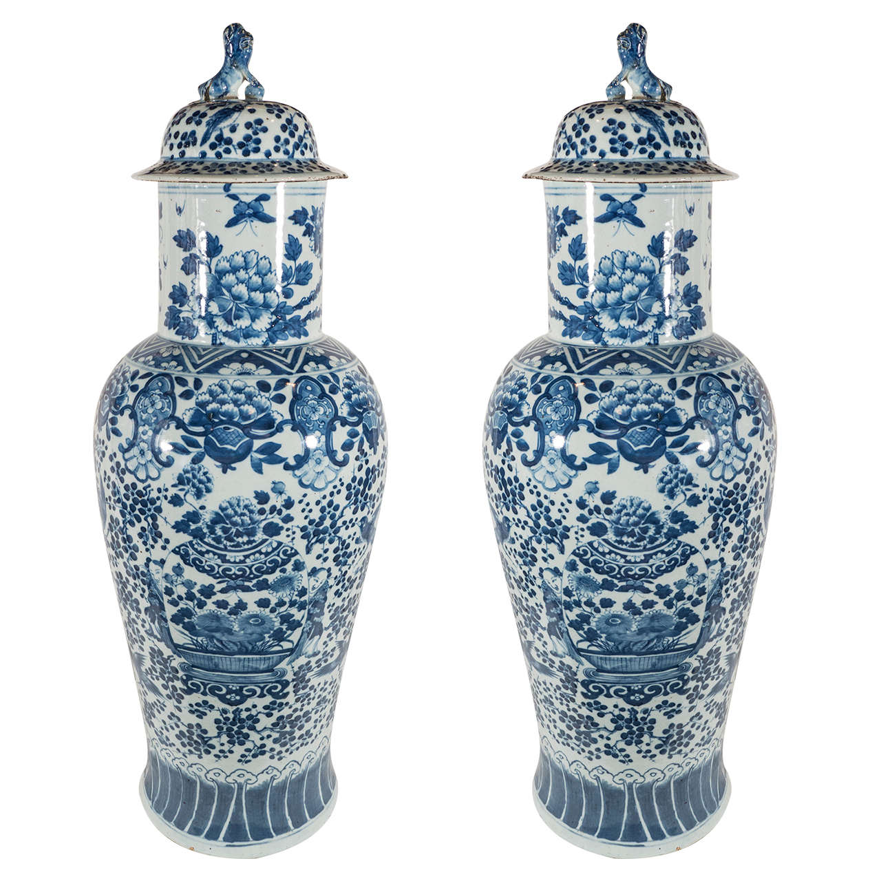 Pair of large blue and white chinese porcelain vases at 1stdibs pair of large blue and white chinese porcelain vases for sale reviewsmspy