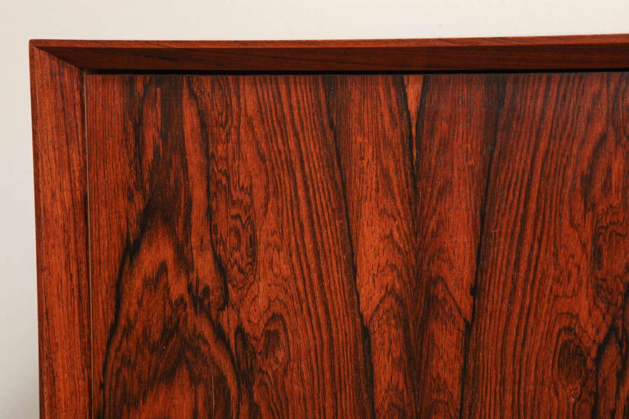 Italian Mid Century Wood Bar / Media Cabinet For Sale 2