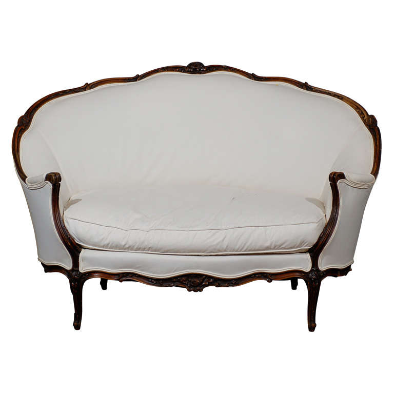 19th Century French Louis XV Style Canape in Walnut 1