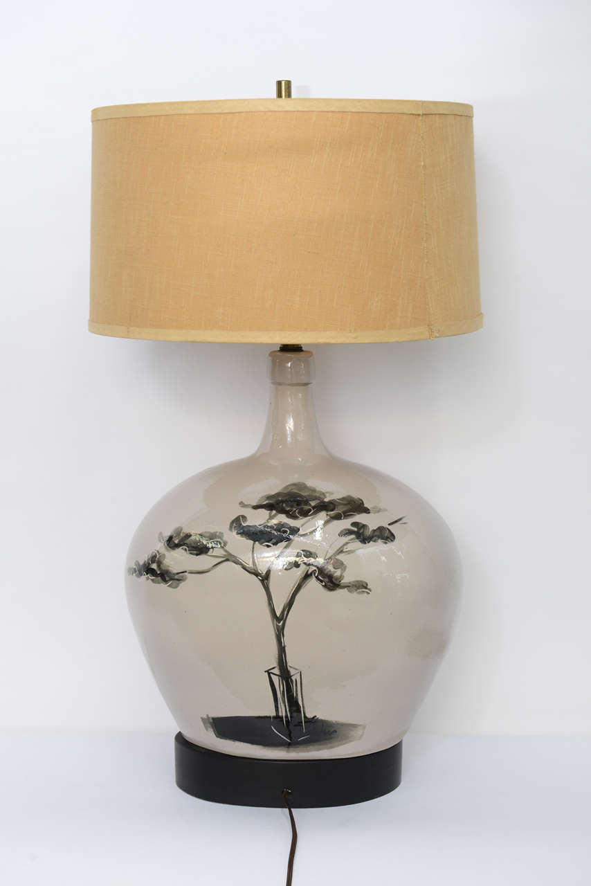 Large Pottery Table Lamp with Painted Parisian Scene 1950s In Good Condition For Sale In Miami, FL