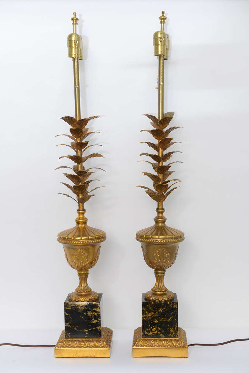 Mid-20th Century Pair of 1950s Modern Neoclassical Style Gilt and Faux Marble Table Lamps For Sale