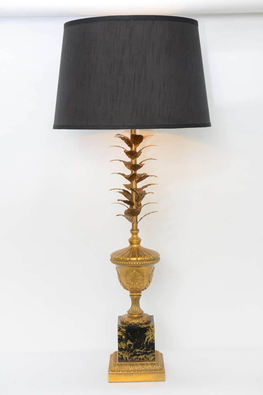 Pair of 1950s Modern Neoclassical Style Gilt and Faux Marble Table Lamps For Sale 3