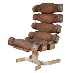 The Vertebre Rib Chair by Pierre Vandel