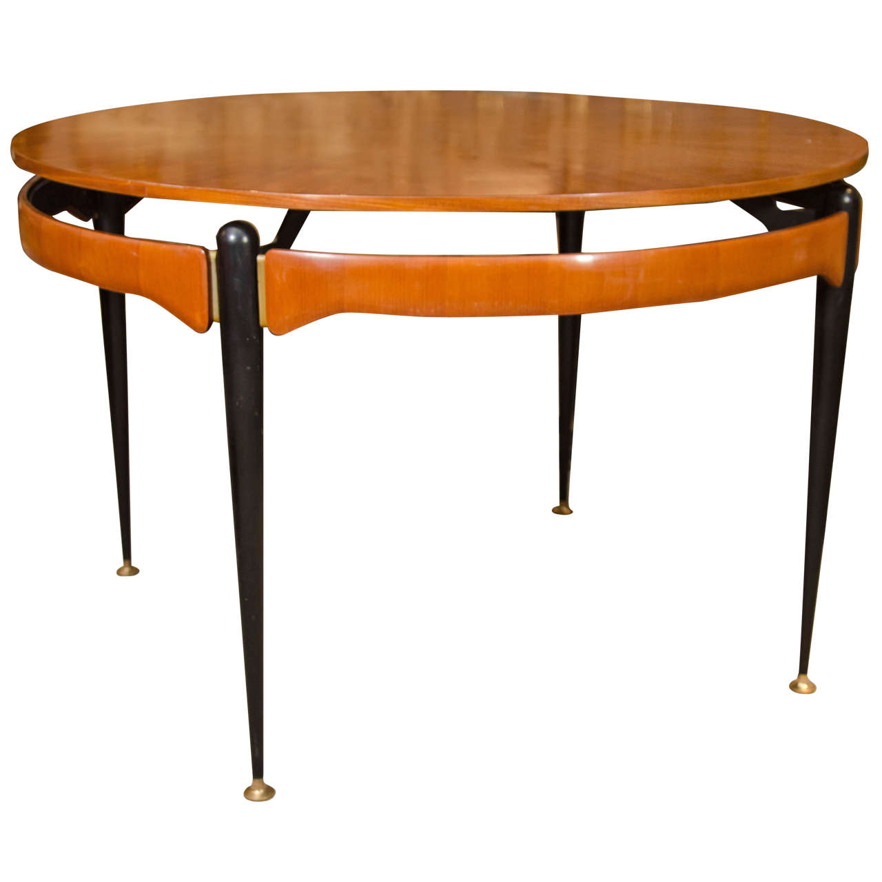 Round Oak Dining or Center Table For Sale