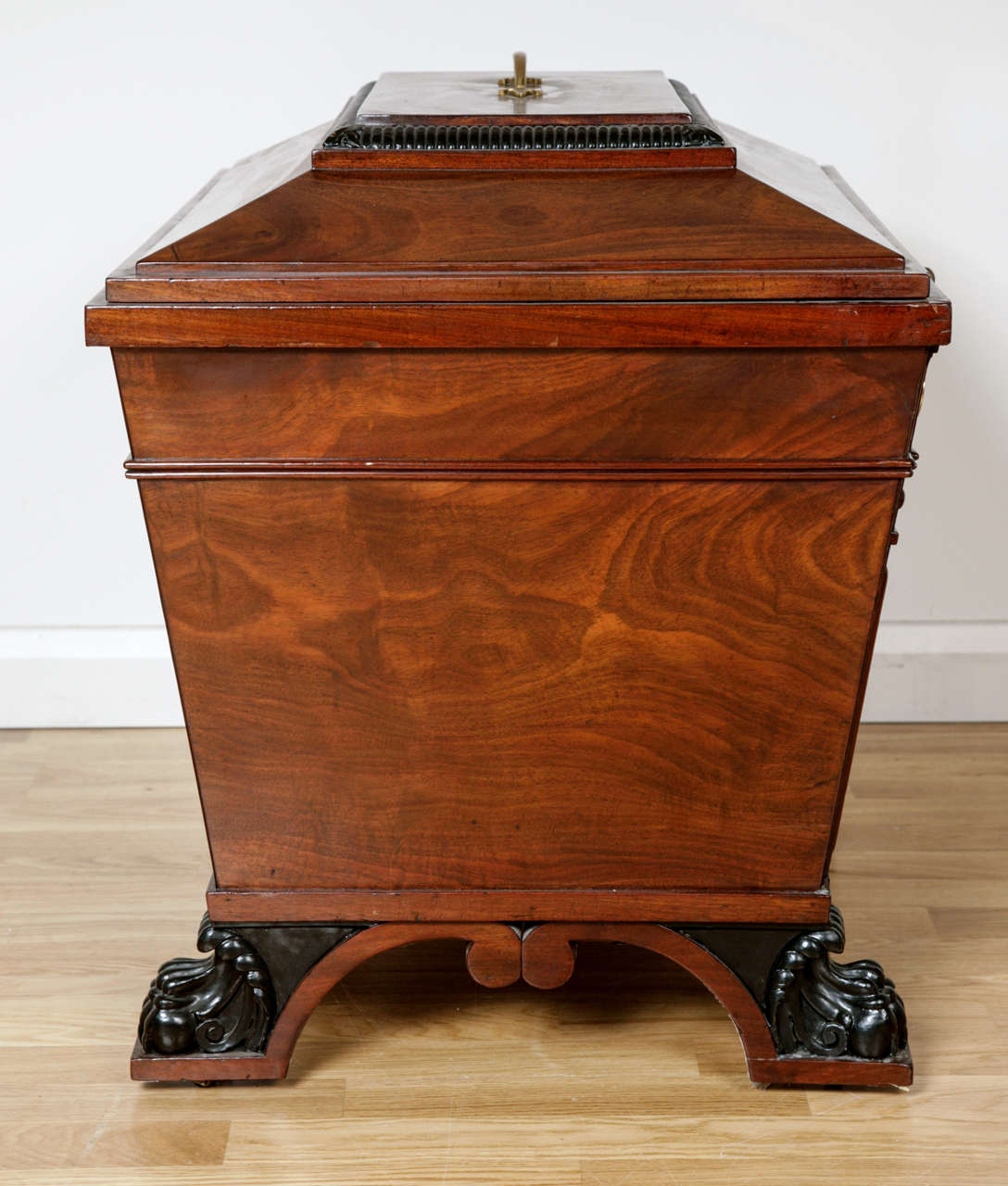 19th Century George IV Style Brass-Mounted Mahogany Wine Cooler For Sale