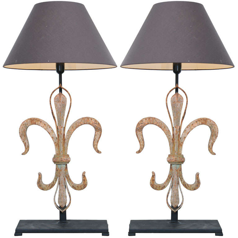 pair of large fleur de lis lamps at 1stdibs. Black Bedroom Furniture Sets. Home Design Ideas