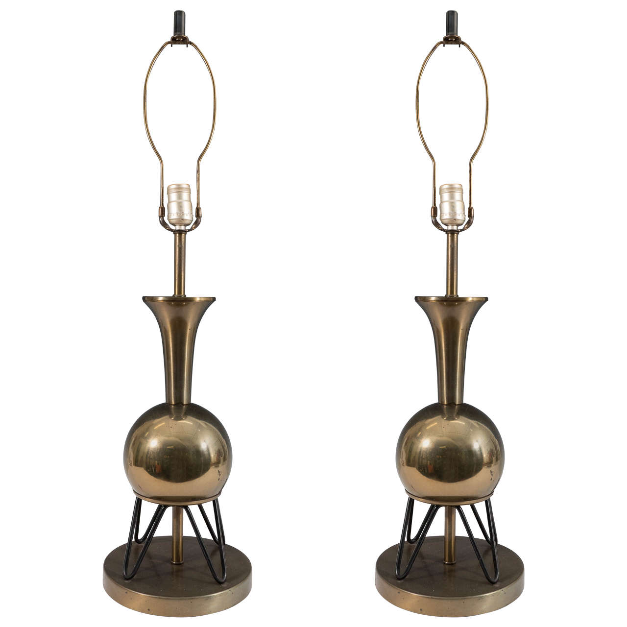 Mid-Century Pair of 'Atomic' Brass Table Lamps on Sputnik Legs