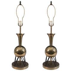 Mid-Century Pair of 'Atomic' Brass Table Lamps on Sputnik Legs