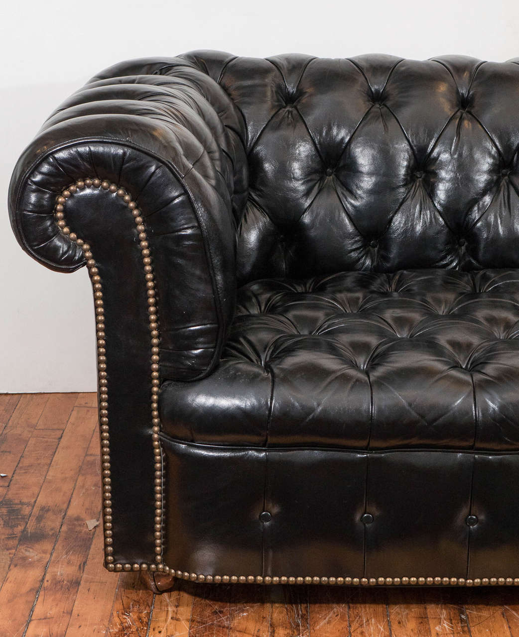 Midcentury Chesterfield Sofa In Tufted Black Leather At