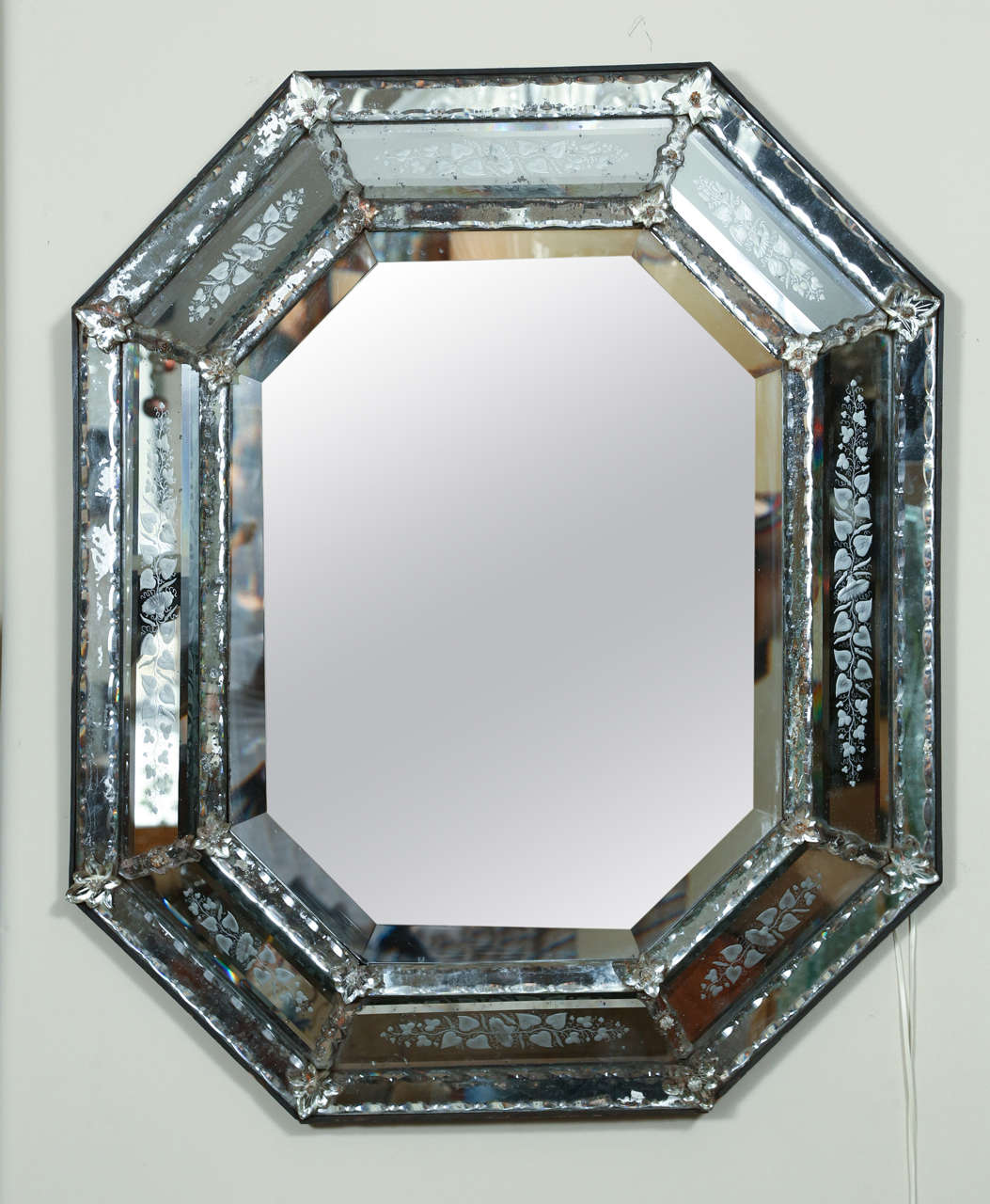 Venetian Mirrored Glass Picture Frames - Glass Designs