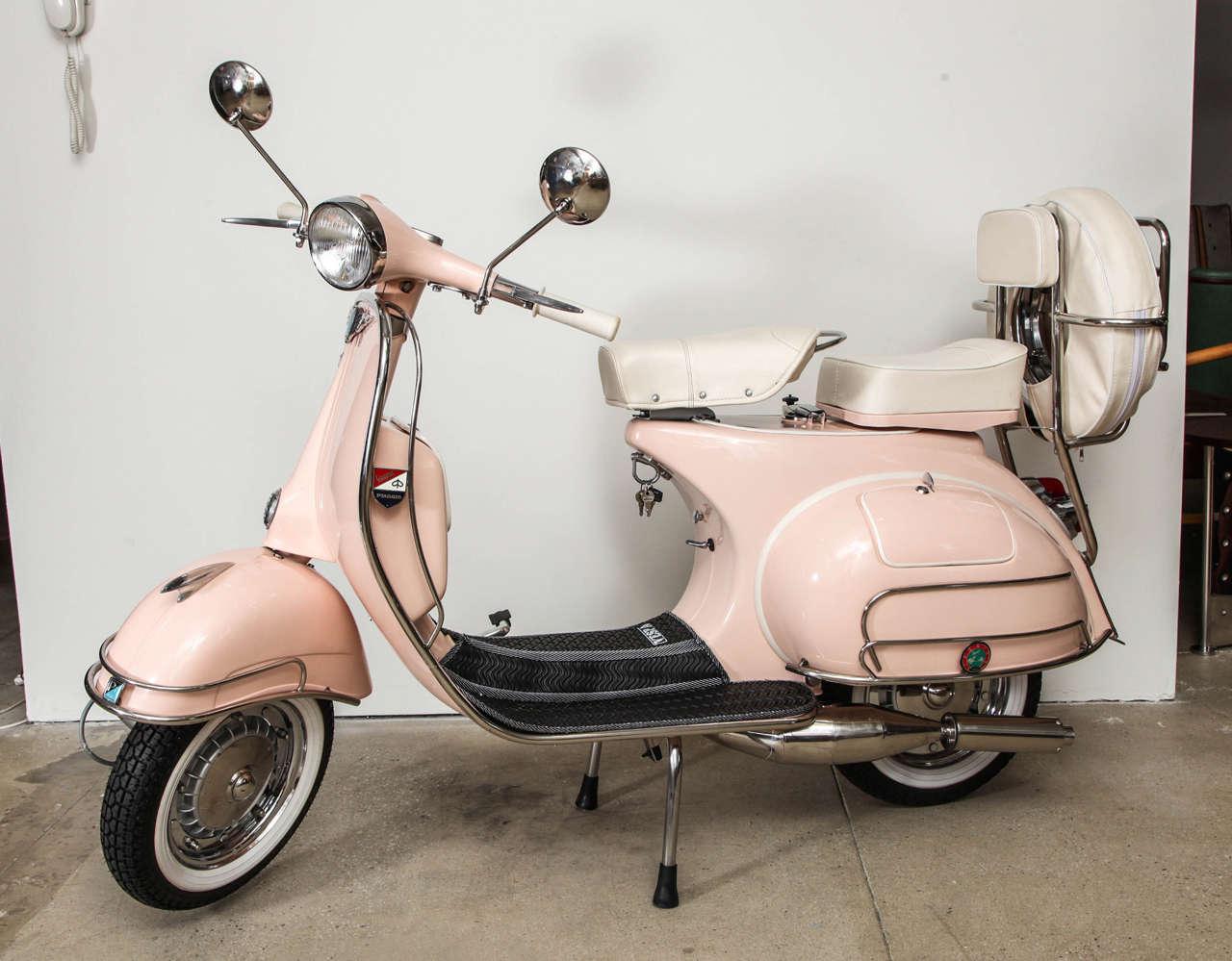 vintage italian scooter - HD1280×999