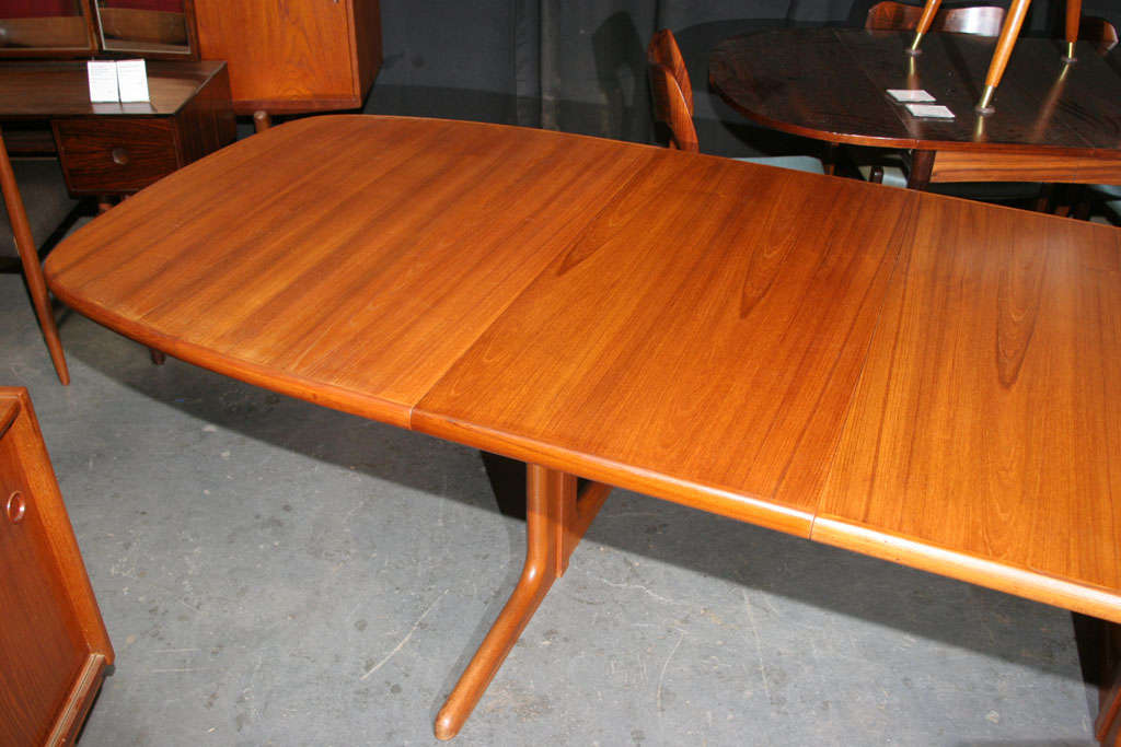 Large Danish Modern Oval Teak Dining Table 5