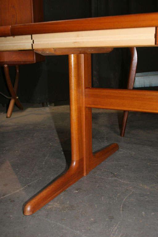 Large Danish Modern Oval Teak Dining Table 6