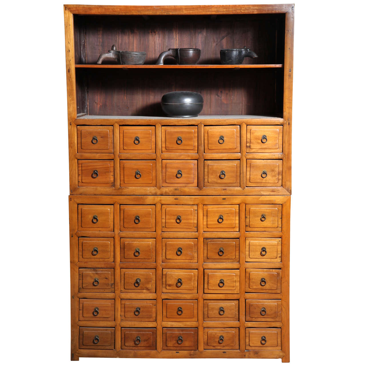 Delicieux 19th Century Chinese Elm Apothecary Cabinet Of Elmwood With Multiple Drawers
