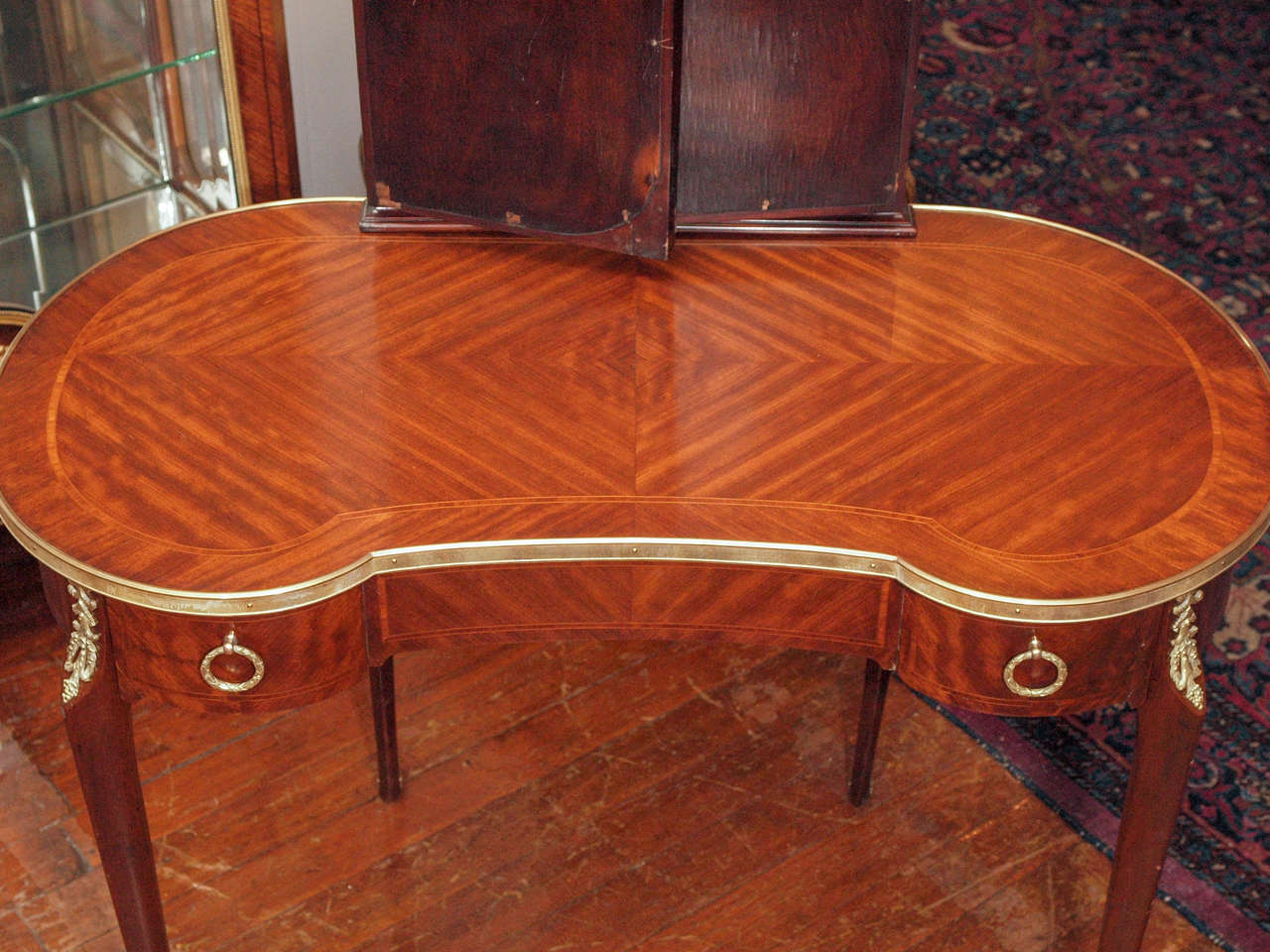 Antique French Ladies' Mahogany Dressing Table at 1stdibs
