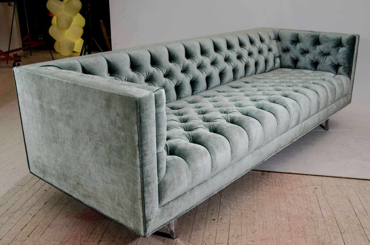 Metal Modern Tufted Velvet Tuxedo Sofa For Sale