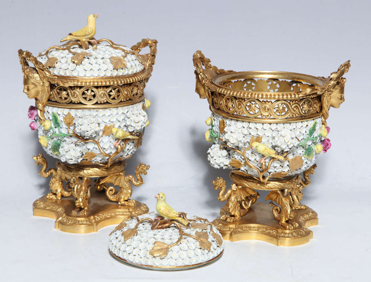 Pair of Meissen Schneeballen and Intricately Ormolu-Mounted Potpourri Vases For Sale 1