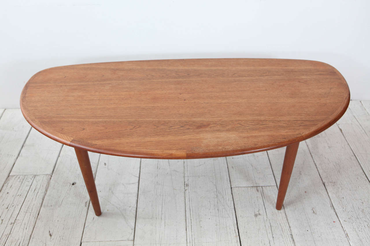 Scandinavian Modern Tall Oblong Mid-Century Modern Coffee Table For Sale