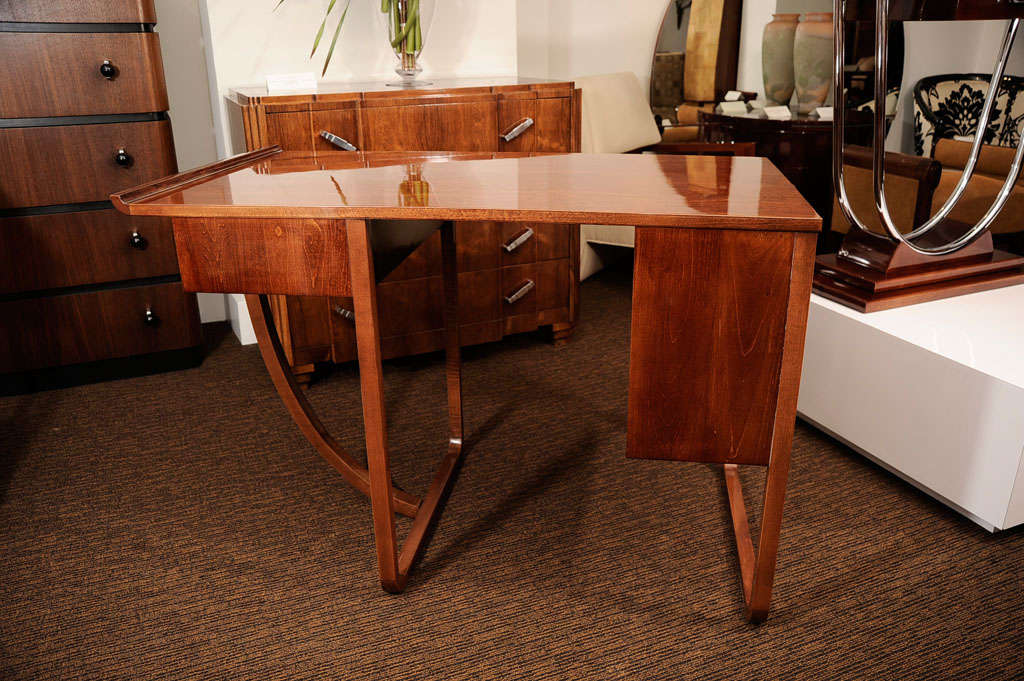 American Art Deco Desk Attributed To Gilbert Rohde For