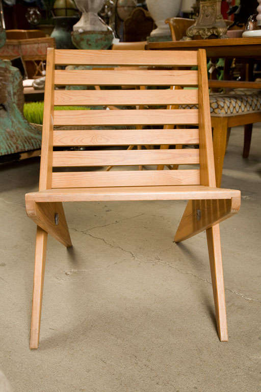 Pair of Plywood Chairs In Good Condition For Sale In Los Angeles, CA