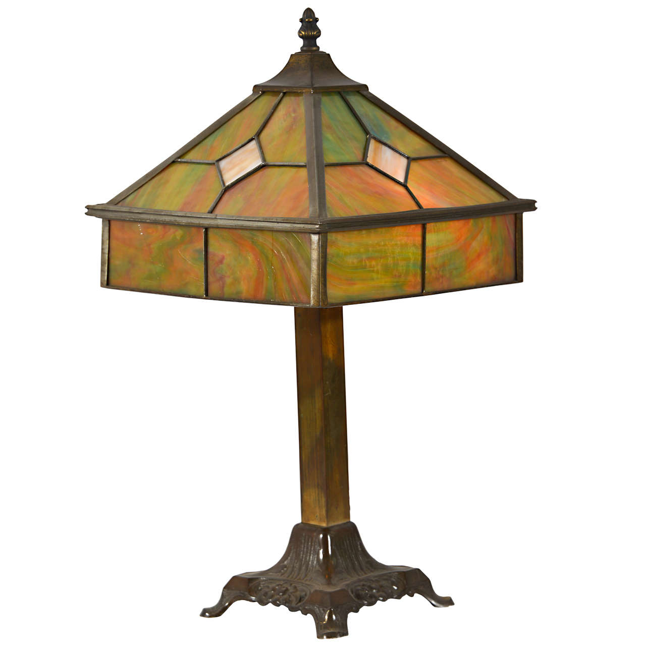 1930 39 s arts and crafts leaded glass shade and lamp at 1stdibs. Black Bedroom Furniture Sets. Home Design Ideas