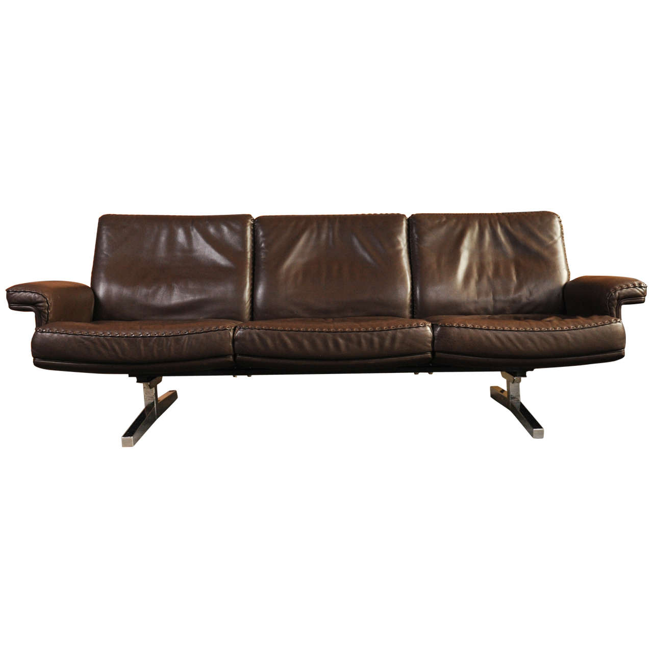 de sede 3 seat sofa at 1stdibs. Black Bedroom Furniture Sets. Home Design Ideas