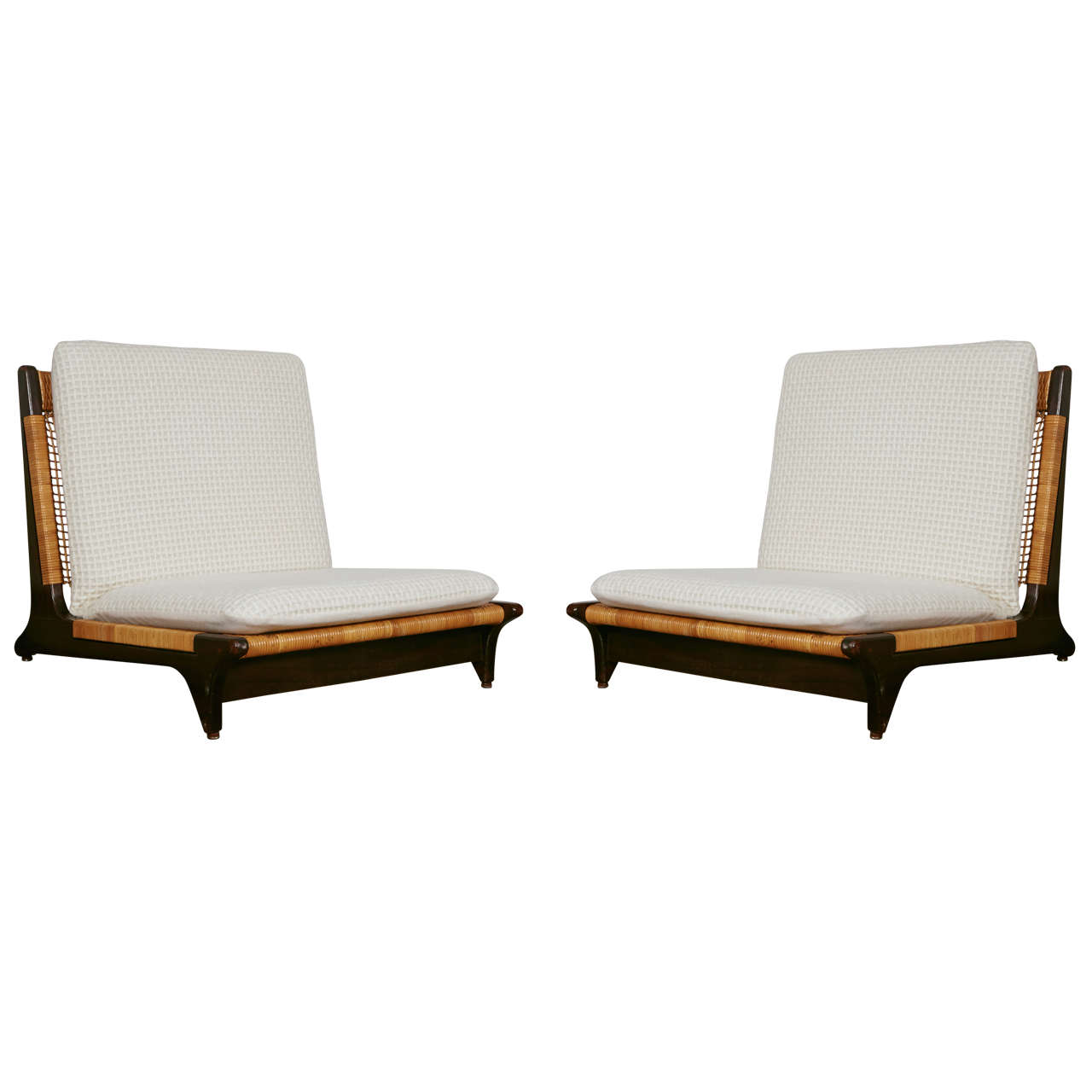 Charmant Pair Of Hans Olsen Low Chairs For Sale