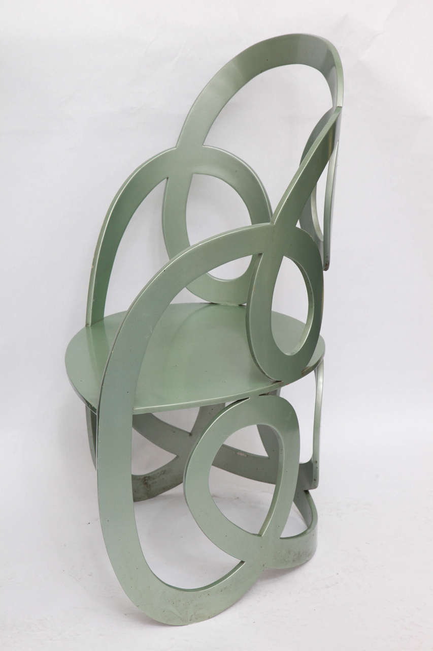 American 1980s Sculptural Chair Crafted of Painted Metal For Sale