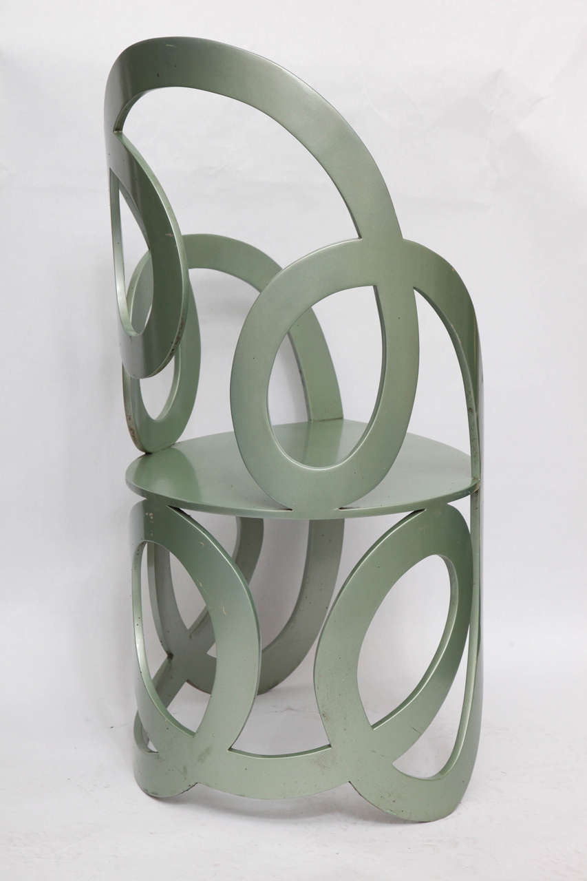1980s Sculptural Chair Crafted of Painted Metal For Sale 2