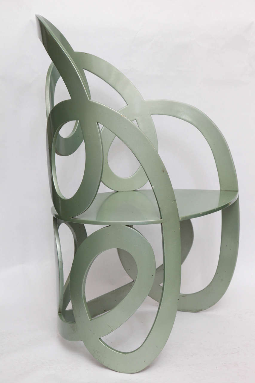 1980s Sculptural Chair Crafted of Painted Metal For Sale 4