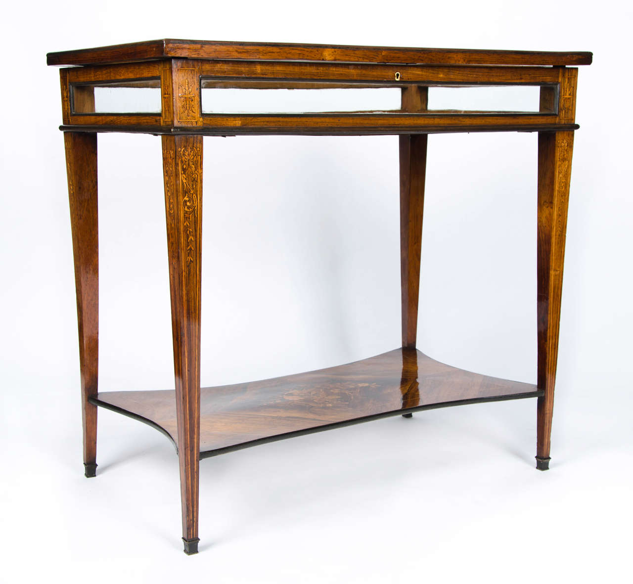 Charming mid 19th century vitrine table at 1stdibs for Table vitrine
