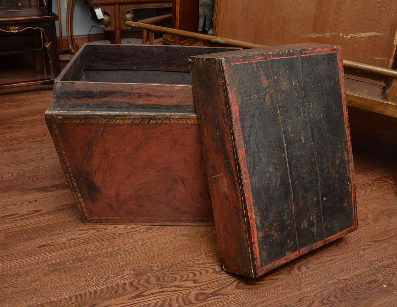 Late 18th Century Burmese Temple Book Storage Trunk in Original Lacquer 5
