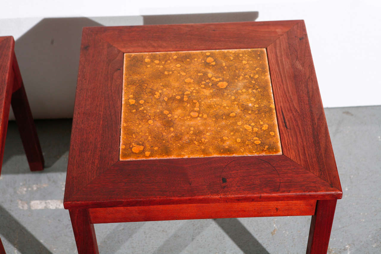 Pair of Brown Saltman End Tables In Good Condition For Sale In Los Angeles, CA