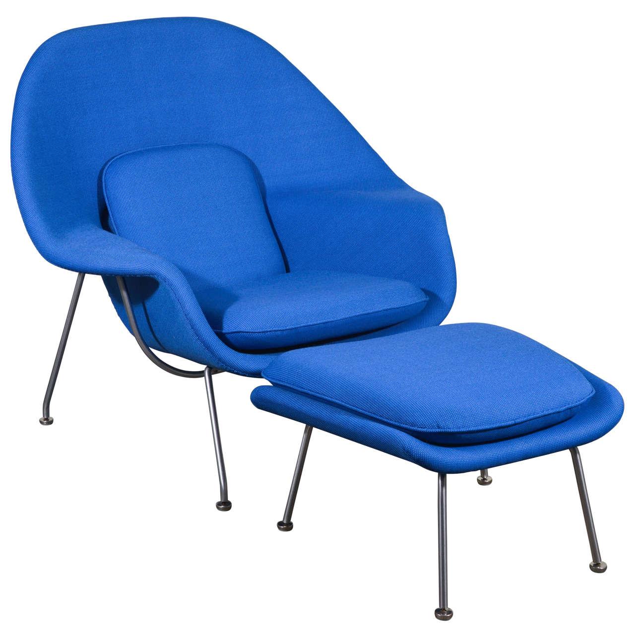 eero saarinen womb chair and ottoman in vintage girard fabric at 1stdibs. Black Bedroom Furniture Sets. Home Design Ideas