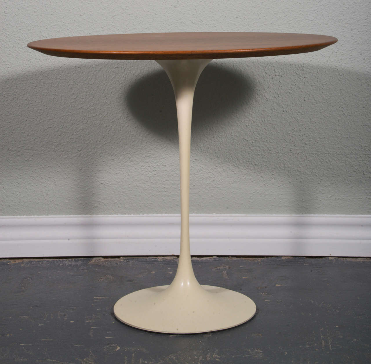 vintage eero saarinen oval rosewood tulip table for knoll 3