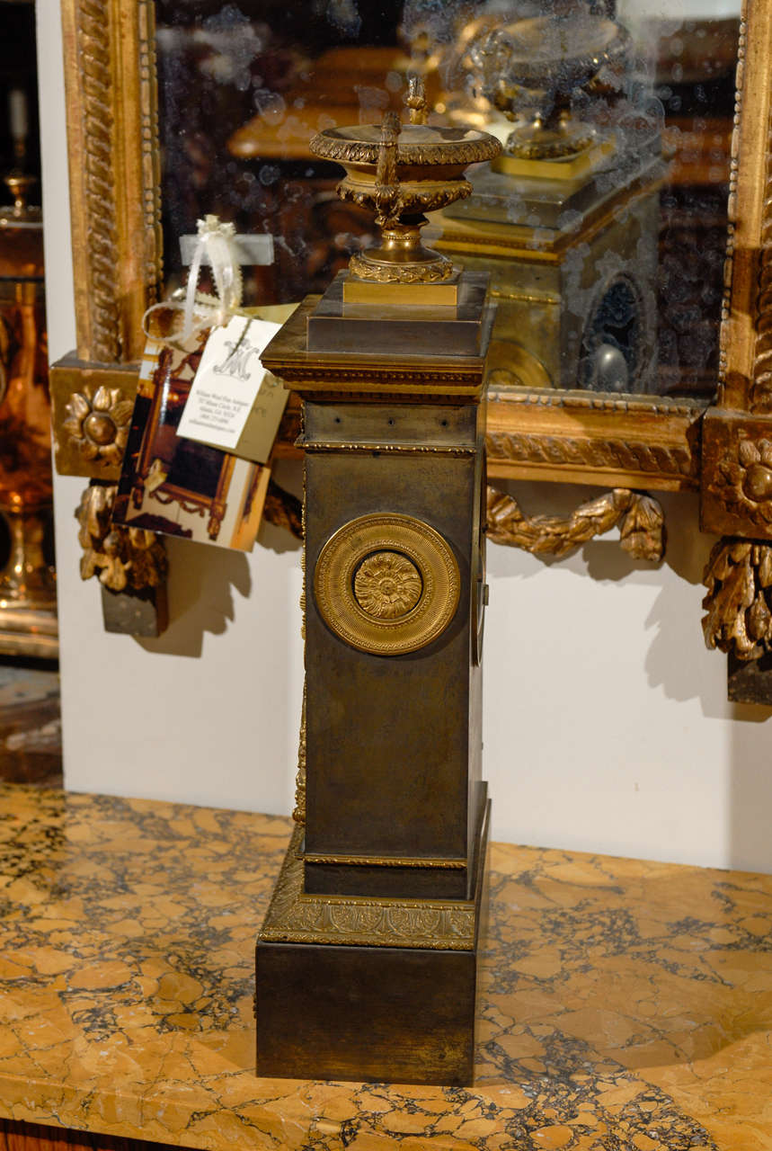 19th Century French Neoclassical Mantel Clock with Ormalu For Sale 5